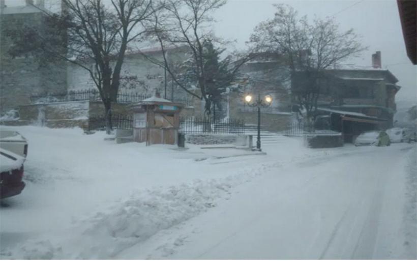 Η «Μήδεια» φέρνει χιόνια και παγετό στη Μαγνησία