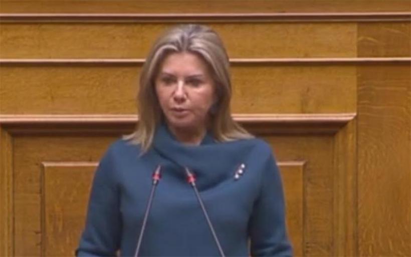Η Ζέττα Μακρή στηρίζει τους φοροτεχνικούς για την εκ νέου ενεργοποίηση της πλατφόρμας ΑΑΔΕ