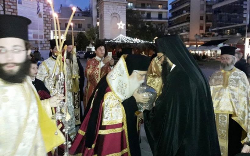 Συγκινητική υποδοχή της Ταμίας Κάρας του Αγίου Νικολάου Πλανά στον Βόλο