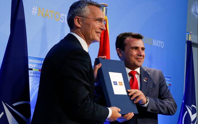 Στα χέρια του Ζάεφ η πρόσκληση του ΝΑΤΟ στην πΓΔΜ: «Ιστορική απόφαση για τη χώρα μου»