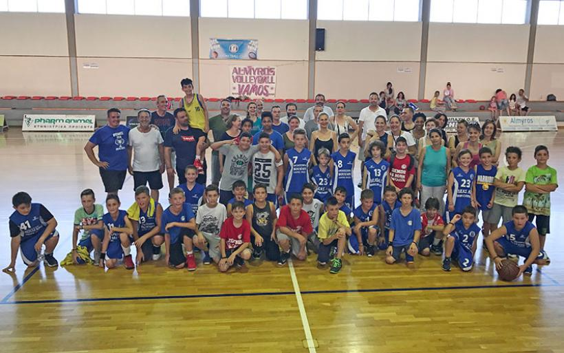 """""""Ημέρα οικογένειας"""" για τις Ακαδημίες μπάσκετ του Γ.Σ. Αλμυρού (φωτο)"""