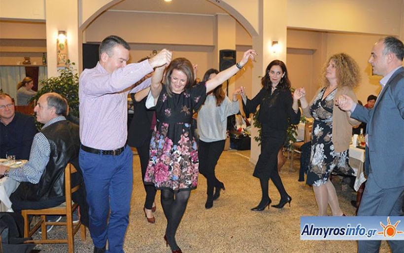 Επιτυχημένος ο ετήσιος χορός Τιτάνων Αλμυρού (φωτο)