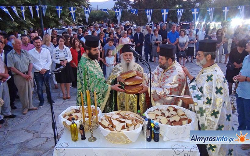 Λαμπρές και φέτος οι εορταστικές εκδηλώσεις στην Αγία Τριάδα Σούρπης (βίντεο&φωτο)