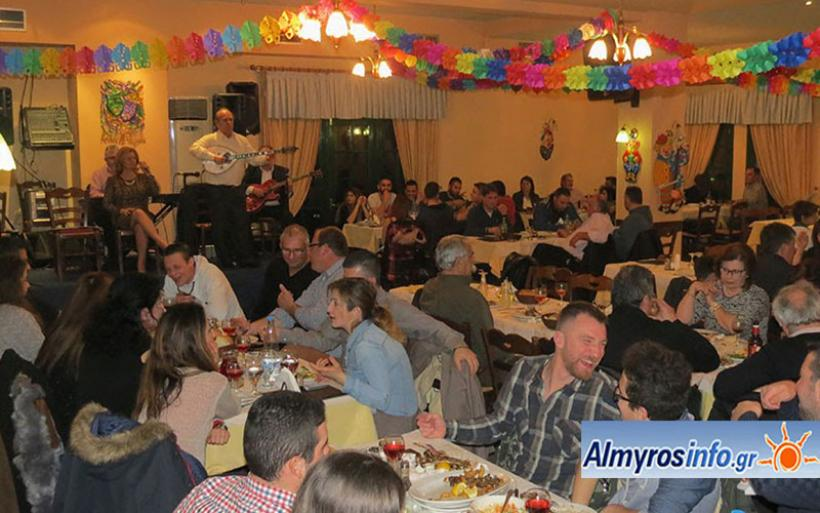 Με νόστιμους μεζέδες, ζωντανή μουσική, κέφι και χορό η Τσικνοπέμπτη στη Σούρπη (φωτο)
