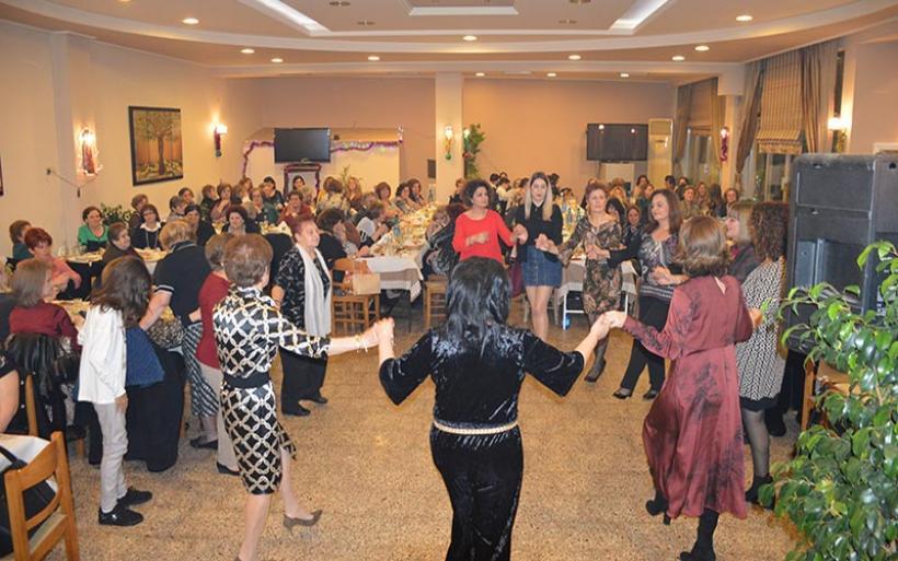 """Αναβίωσε το """"Έθιμο της Μπάμπως"""" ο Σύλλογος Ανατολικής Ρωμυλίας Ευξεινούπολης (φωτο)"""