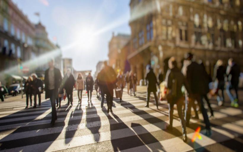 Ευρωβαρόμετρο: 7 στους 10 πολίτες ζητούν πρόσθετα μέτρα για την ατμοσφαιρική ρύπανση