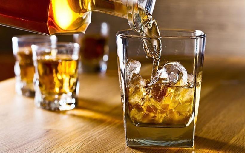 Η κατανάλωση αλκοόλ μειώθηκε σημαντικά σχεδόν σε όλη την Ευρώπη στο πρώτο κύμα της πανδημίας