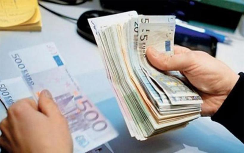 Εξελίξεις σήμερα με τις υπογραφές: Αύξηση μισθού από 586 σε 800 ευρώ