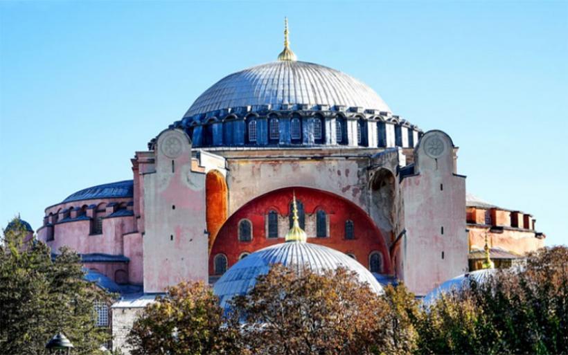 Πένθιμες κωδωνοκρουσίες για την Αγιά – Σοφιά στην Μητρόπολη Δημητριάδος & Αλμυρού
