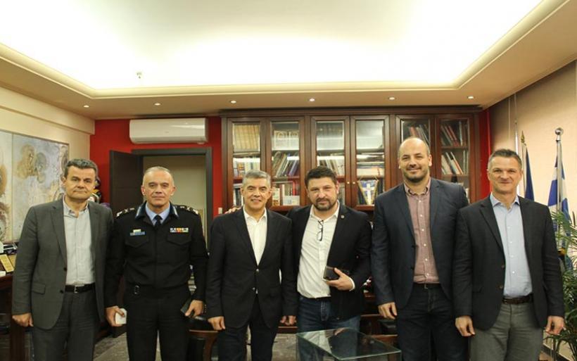 Συνάντηση του Περιφερειάρχη Θεσσαλίας Κ. Αγοραστού με το Γ.Γ. Πολιτικής Προστασίας Ν. Χαρδαλιά για το νέο θεσμικό πλαίσιο πολιτικής προστασίας