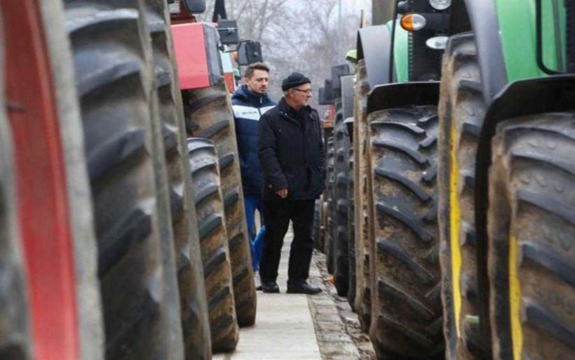 Χωρίς ουσία η σύσκεψη αγροτών σε Βουλή και Βάθη