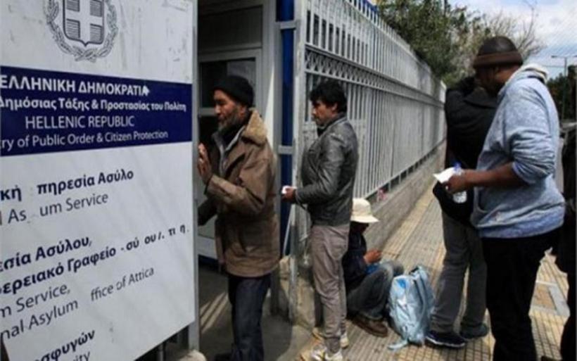 Καταγγελία «βόμβα» για την Υπ. Ασύλου: 3.500 ευρώ η «ταρίφα» για διαβατήριο και άδεια παραμονής σε έναν μήνα