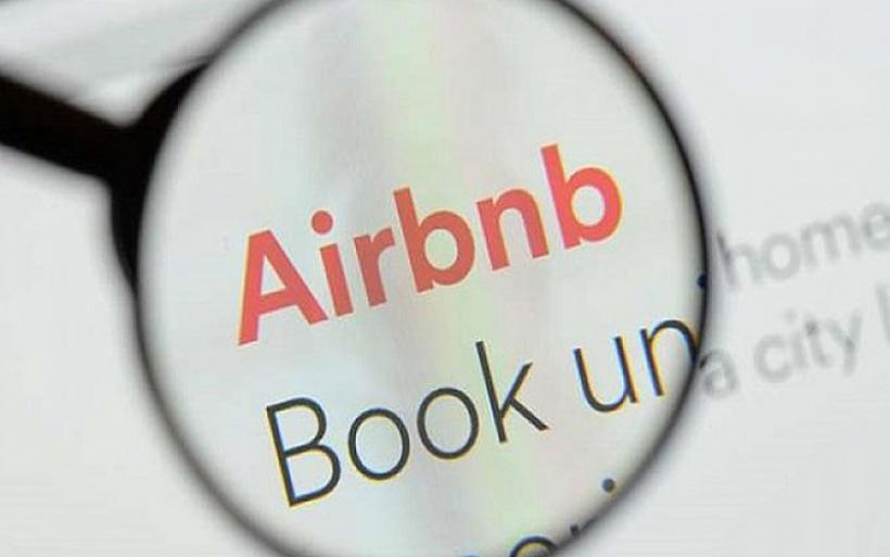Eφιάλτης χωρίς τέλος για νεαρή φοιτήτρια που νοίκιαζε Airbnb διαμέρισμα με κρυφές κάμερες