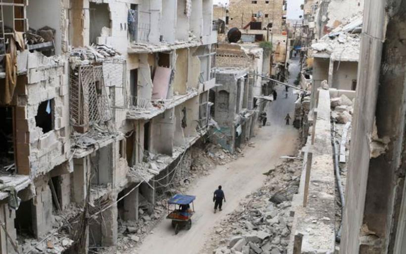 Χαλέπι: Οι αντάρτες φεύγουν, οι άμαχοι μένουν