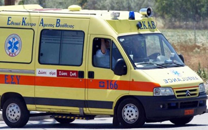 Οικογένεια τραυματίστηκε ελαφρά σε τροχαίο στην ΠΑΘΕ στο ύψος της Σούρπης