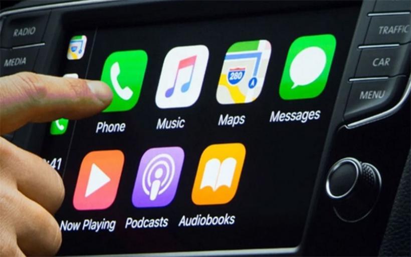 H Apple εξελίσσει περαιτέρω το CarPlay
