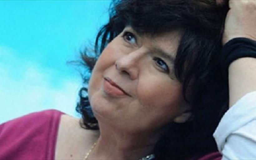 Κρίσιμες ώρες για την Αρλέτα - Σε καταστολή μετά από εγκεφαλικό