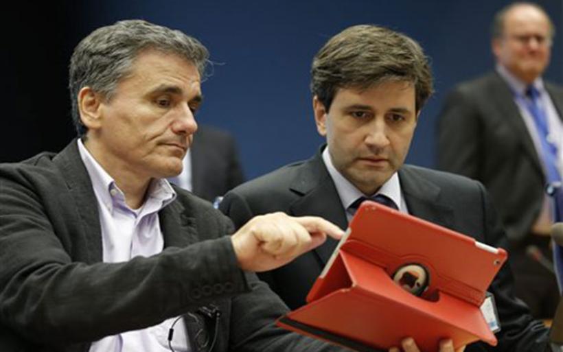 Συμβιβαστική πρόταση με σκληρά μέτρα φτάνει στην Αθήνα