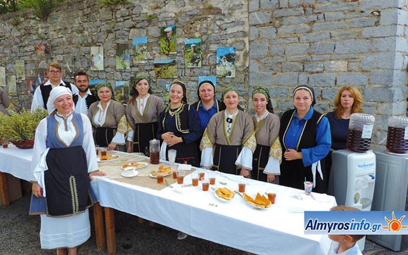 Με μεγάλη επιτυχία η Γιορτή Τσαγιού στην Βρύναινα (βιντεο-φωτο)