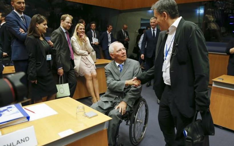 Σόιμπλε: Να μην δίνουμε την ψευδαίσθηση στους Έλληνες πως όλα έχουν τελειώσει
