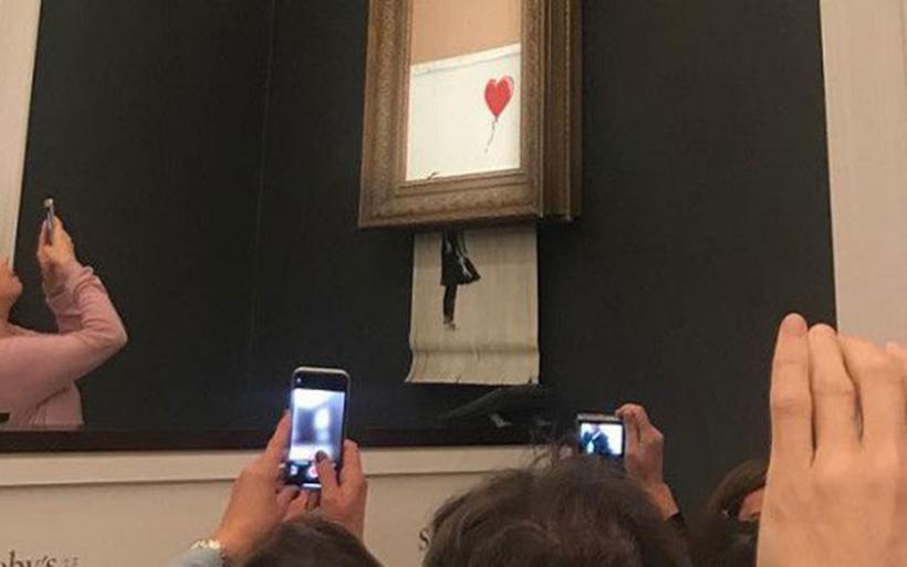 Ανεβαίνει, όσο περνάει ο καιρός, η αξία του πίνακα που αυτοκαταστράφηκε σε δημοπρασία