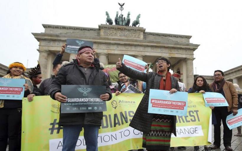Βερολίνο: Πάνω από 100.000 διαδηλωτές κατά της εξόρυξης άνθρακα