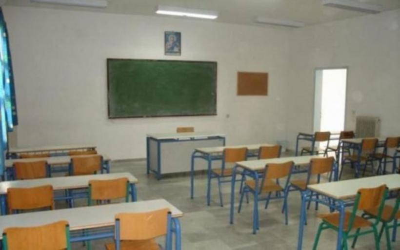 Θρίλερ στο Αγρίνιο: Δέκα επιθέσεις σε σχολεία μέσα σε λίγες μέρες
