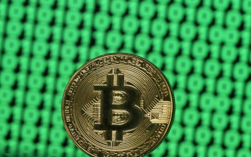 Bitcoin : Έσπασε το φράγμα των 10.000 δολαρίων