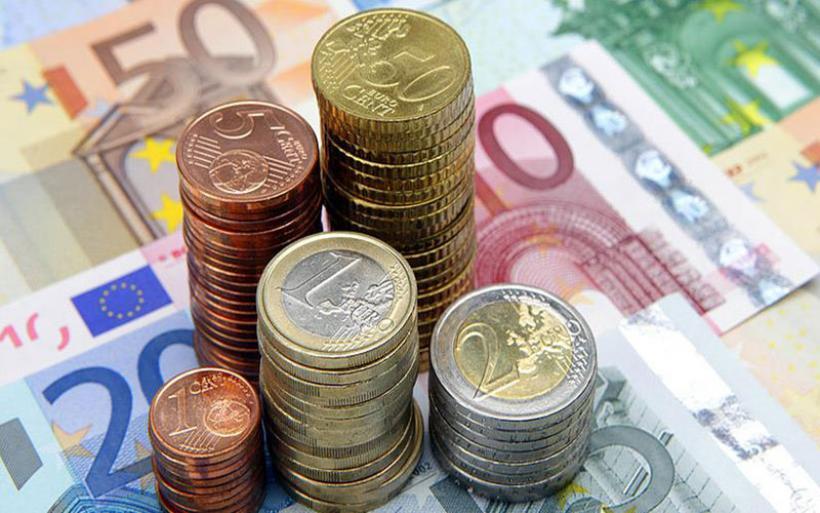 Μειώθηκε ως €2.000 η εισφορά αλληλεγγύης για υπουργούς, βουλευτές και δημάρχους!