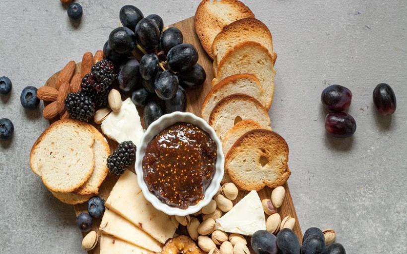 7 τροφές πλούσιες σε ασβέστιο που καίνε το λίπος