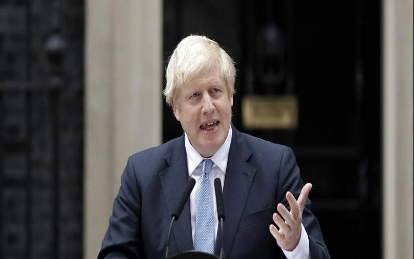 "Daily Mail: Ο Τζόνσον αποδέχεται ευρωπαϊκούς δασμούς για να ""σπάσει"" το αδιέξοδο με την ΕΕ"