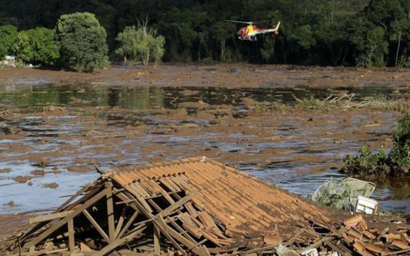 Τραγωδία στη Βραζιλία: 58 νεκροί και 305 αγνοούμενοι από την κατάρρευση φράγματος
