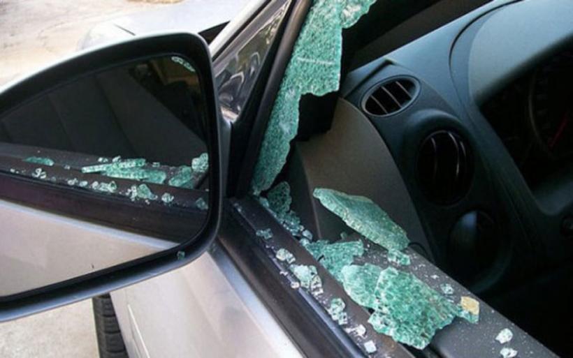 Διάρρηξη σε Ι.Χ. στο δάσος Κουρί - Έσπασαν το τζάμι του αυτοκινήτου