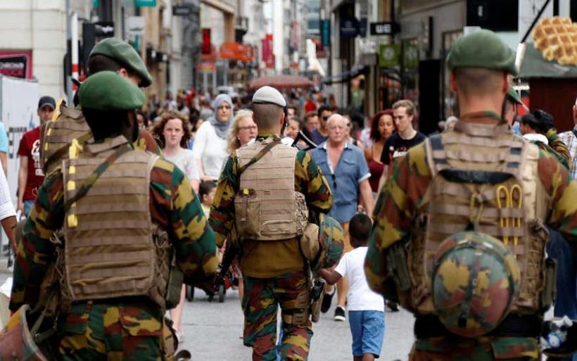 Πανικός στο κέντρο των Βρυξελλών – Δύο τραυματίες από πυροβολισμούς
