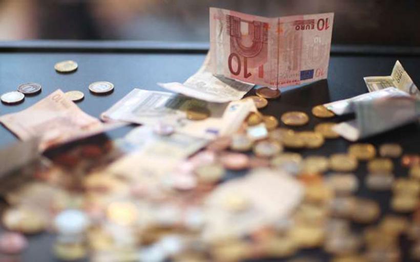 Ιδιωτικός τομέας: 629.687 μισθωτοί αμείβονται με 385 ευρώ