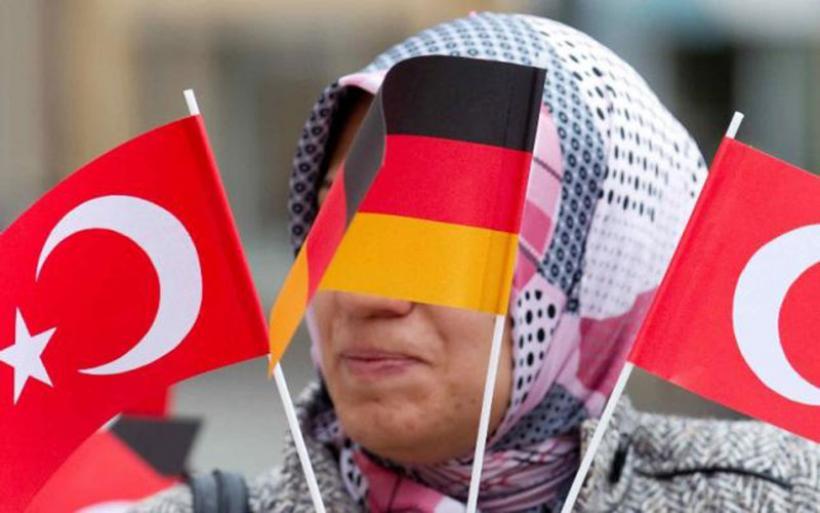 Νέα «σύννεφα» στις σχέσεις Τουρκίας – Γερμανίας: 136 Τούρκοι διπλωμάτες ζητούν άσυλο από το Βερολίνο