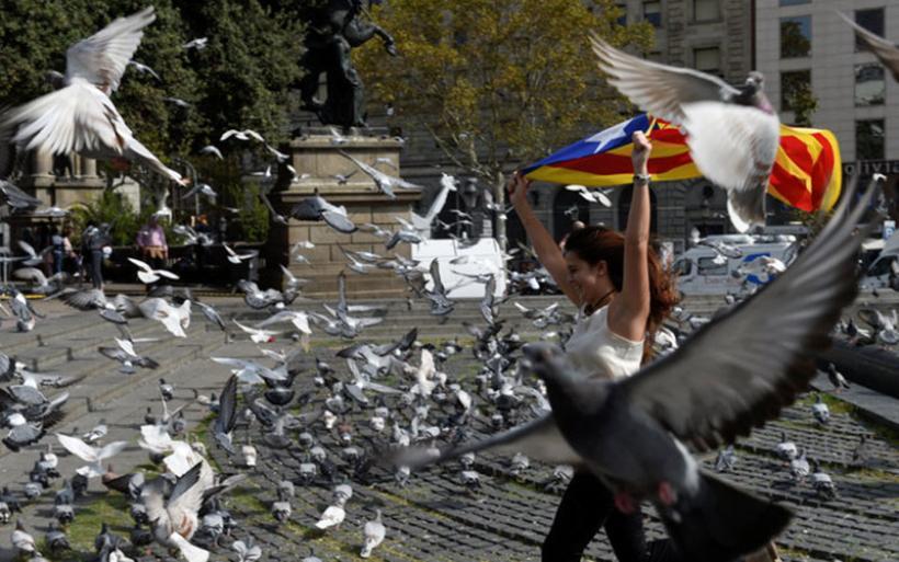 Με καζάνι που βράζει εξακολουθεί να μοιάζει η κατάσταση στην Ισπανία -Τριγμοί και στην Ευρώπη