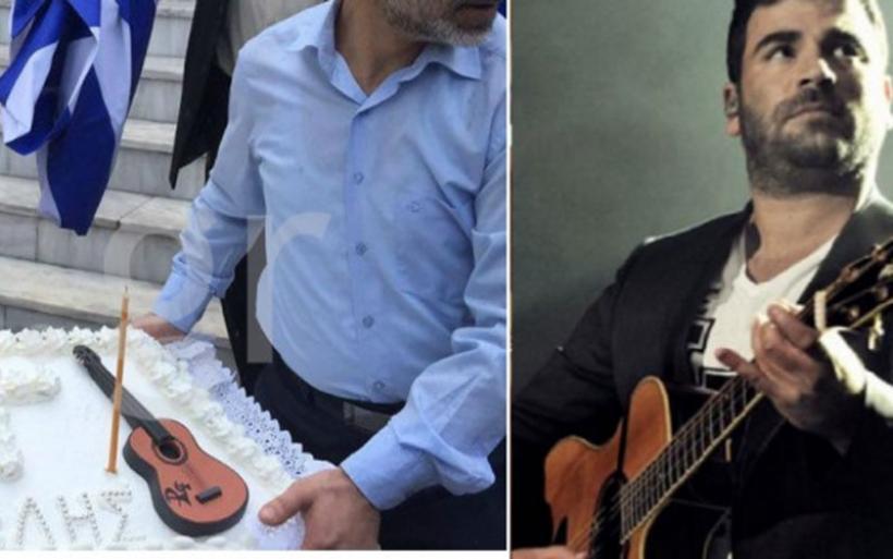 """Κόλλυβα με μια κιθάρα και πολλά """"γιατί"""" για τον Παντελίδη"""