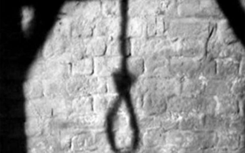 Απίστευτη τραγωδία: Έφηβη υπνοβάτης απαγχονίστηκε στην ντουλάπα της