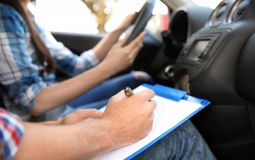 Δίπλωμα οδήγησης: Δίπλωμα σε 17άρηδες - Όλες οι αλλαγές