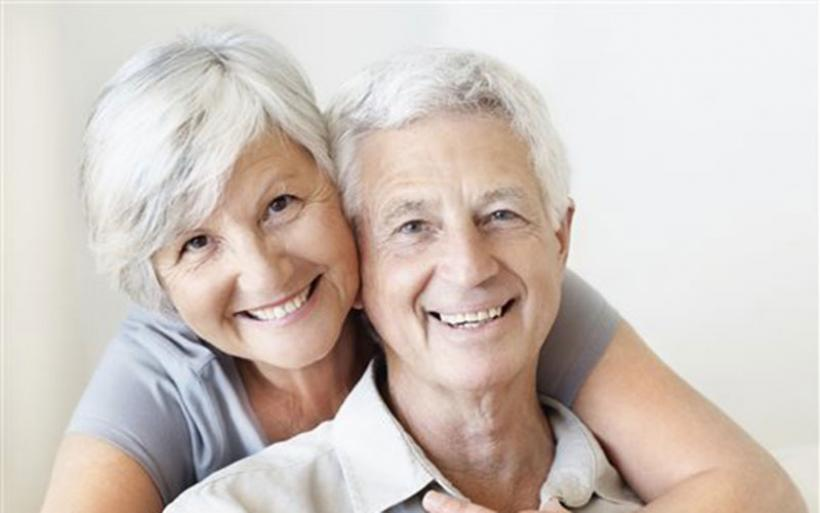 Μελέτη τεκμηριώνει ότι η υγεία του άνδρα εξαρτάται από τον γάμο του