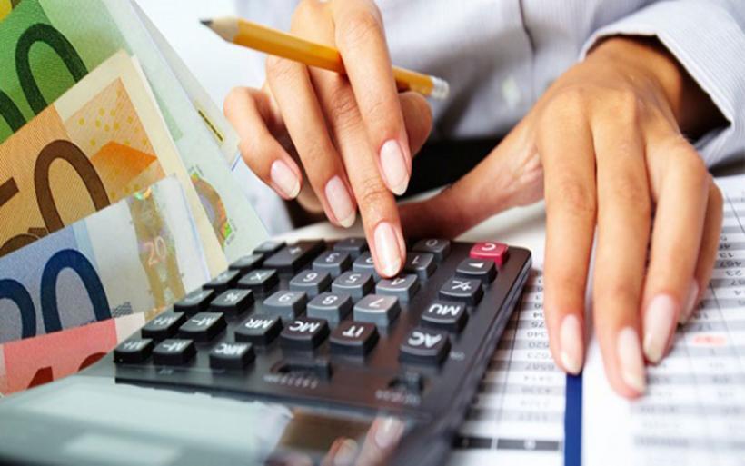 Εφορία: Πώς θα πληρώσετε όλους τους φόρους σε δόσεις