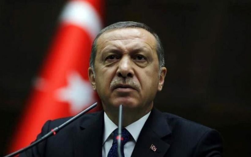 Η Τουρκία διάλεξε «στρατόπεδο» χαιρετίζοντας τις επιθέσεις στη Συρία