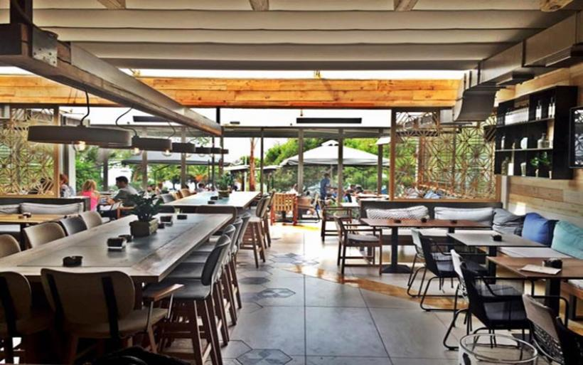 Άρση μέτρων: Πώς θα ανοίξουν καφέ και εστιατόρια -Τι πρέπει να προσέχουν οι πελάτες