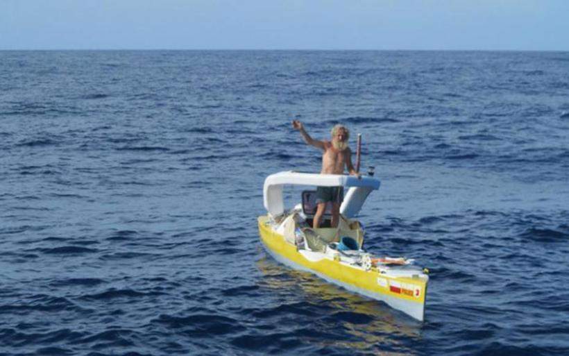 Ένας 70χρονος πέρασε μόνος του τον Ατλαντικό με κανό