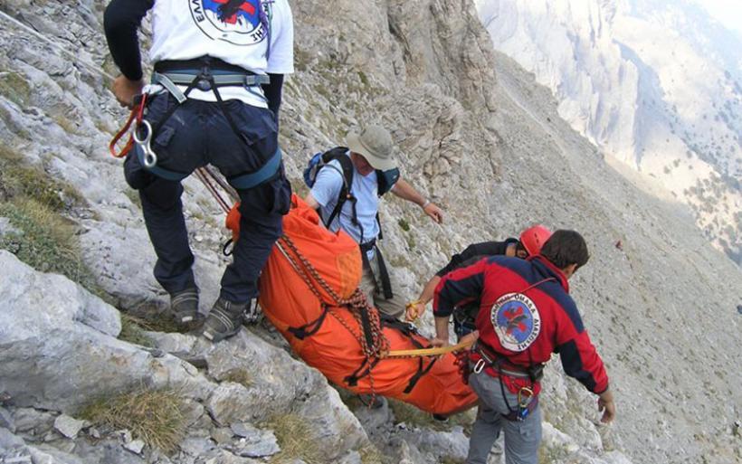 Στέλνουν Super Puma για να σώσει ορειβάτη που εγκλωβίστηκε στον Όλυμπο