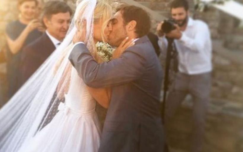 Πανευτυχής η νιόπαντρη Δούκισσα Νομικού - Τι έγινε στον «γάμο της χρονιάς»