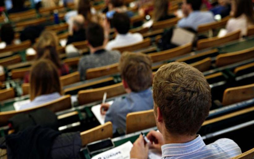 Ξεκίνησαν οι online αιτήσεις για το μηνιαίο φοιτητικό επίδομα