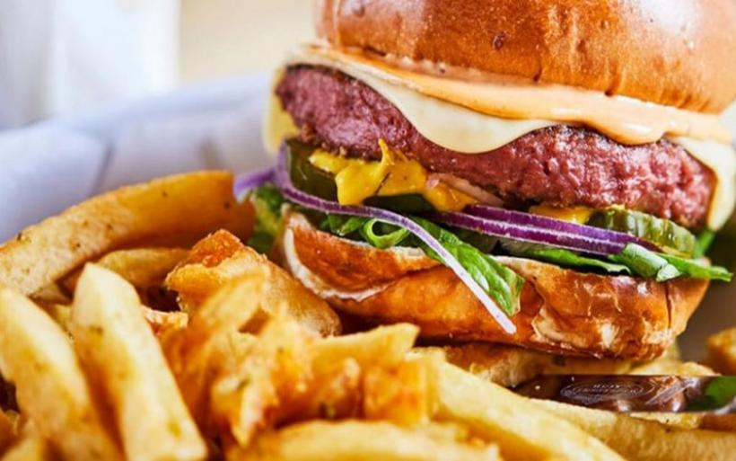 Tι είναι το φυτικό κρέας και σε τι διαφέρει από το κανονικό;