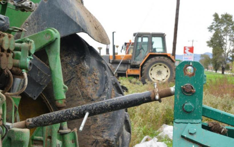 Εφορία: Πως να απαλλαχθούν από ένταξη στο ΦΠΑ νέοι επαγγελματίες και αγρότες